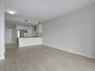 "Photo 5: 2301 1788 GILMORE Avenue in Burnaby: Brentwood Park Condo for sale in ""Escala"" (Burnaby North)  : MLS®# R2398693"