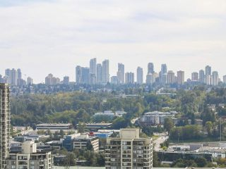 "Photo 12: 2301 1788 GILMORE Avenue in Burnaby: Brentwood Park Condo for sale in ""Escala"" (Burnaby North)  : MLS®# R2398693"