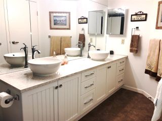 "Photo 15: 408 378 ESPLANADE Avenue: Harrison Hot Springs Condo for sale in ""LAGUNA BEACH"" : MLS®# R2438115"
