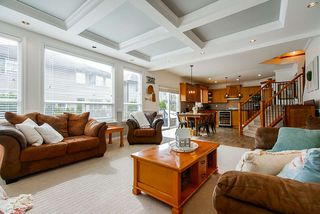 """Photo 7: 21652 90B Avenue in Langley: Walnut Grove House for sale in """"MADISON PARK"""" : MLS®# R2445516"""