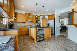 """Photo 8: 21652 90B Avenue in Langley: Walnut Grove House for sale in """"MADISON PARK"""" : MLS®# R2445516"""