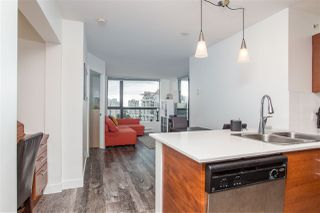 """Photo 4: 1101 833 AGNES Street in New Westminster: Downtown NW Condo for sale in """"The News"""" : MLS®# R2470949"""