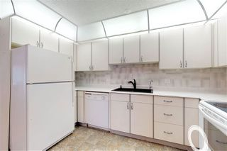 Photo 3: 17 9375 172 Street in Edmonton: Zone 20 Townhouse for sale : MLS®# E4208575