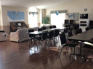 Photo 33: 17 9375 172 Street in Edmonton: Zone 20 Townhouse for sale : MLS®# E4208575