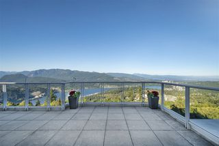 Photo 3: 1107 9266 UNIVERSITY CRESCENT in Burnaby: Simon Fraser Univer. Condo for sale (Burnaby North)  : MLS®# R2487372