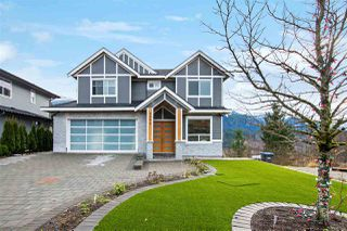 """Main Photo: 2950 STRANGWAY Place in Squamish: University Highlands House for sale in """"University Heights"""" : MLS®# R2528845"""