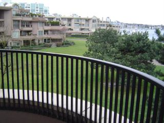 Photo 15: #305  1869 Spyglass Place in VANCOUVER: Condo for sale (False Creek)  : MLS®# V577876