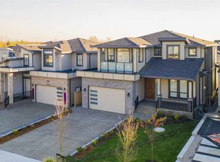 Main Photo: 20554 69A Avenue in Langley: Willoughby Heights House for sale : MLS®# R2417827