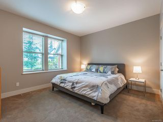 Photo 10: 841 Bluffs Dr in QUALICUM BEACH: PQ Qualicum Beach House for sale (Parksville/Qualicum)  : MLS®# 832073