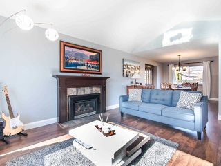 Photo 6: 13327 58B Avenue in Surrey: Panorama Ridge House for sale : MLS®# R2445440