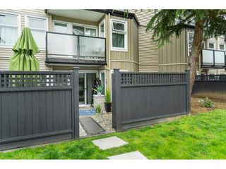 """Photo 10: 119 1850 E SOUTHMERE Crescent in Surrey: Sunnyside Park Surrey Condo for sale in """"SOUTHMERE PLACE"""" (South Surrey White Rock)  : MLS®# R2465271"""