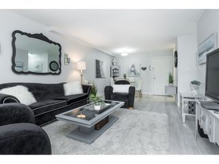 """Photo 3: 119 1850 E SOUTHMERE Crescent in Surrey: Sunnyside Park Surrey Condo for sale in """"SOUTHMERE PLACE"""" (South Surrey White Rock)  : MLS®# R2465271"""