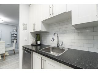 """Photo 6: 119 1850 E SOUTHMERE Crescent in Surrey: Sunnyside Park Surrey Condo for sale in """"SOUTHMERE PLACE"""" (South Surrey White Rock)  : MLS®# R2465271"""