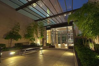 """Photo 21: 907 822 SEYMOUR Street in Vancouver: Downtown VW Condo for sale in """"L'ARIA"""" (Vancouver West)  : MLS®# R2507160"""