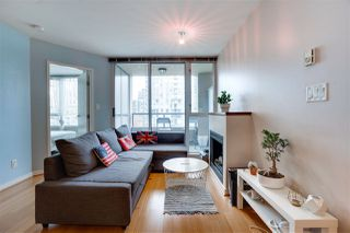 """Photo 5: 907 822 SEYMOUR Street in Vancouver: Downtown VW Condo for sale in """"L'ARIA"""" (Vancouver West)  : MLS®# R2507160"""