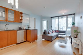"""Photo 4: 907 822 SEYMOUR Street in Vancouver: Downtown VW Condo for sale in """"L'ARIA"""" (Vancouver West)  : MLS®# R2507160"""