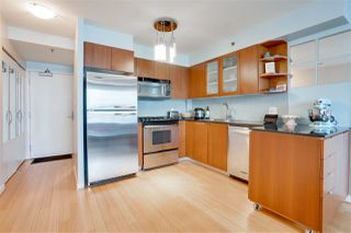 """Photo 9: 907 822 SEYMOUR Street in Vancouver: Downtown VW Condo for sale in """"L'ARIA"""" (Vancouver West)  : MLS®# R2507160"""