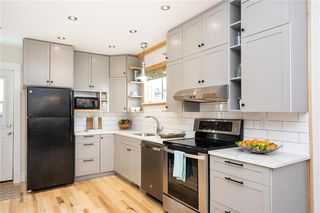 Photo 11: 285 Simcoe Street in Winnipeg: West End Residential for sale (5A)  : MLS®# 202027244