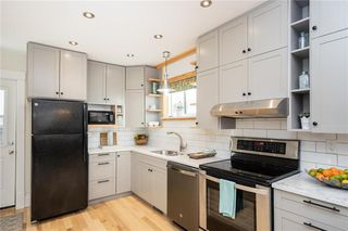 Photo 3: 285 Simcoe Street in Winnipeg: West End Residential for sale (5A)  : MLS®# 202027244