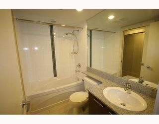 Photo 8: 1111 5811 NO 3 Road in Aqua: Home for sale : MLS®# V751282