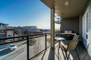 """Photo 10: A319 20211 66 Avenue in Langley: Willoughby Heights Condo for sale in """"Elements"""" : MLS®# R2422432"""