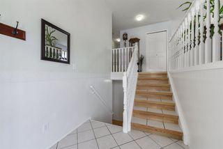 Photo 2: 28 GRASSVIEW Crescent: Spruce Grove House for sale : MLS®# E4181341