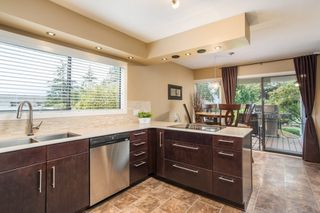 """Photo 15: 3628 NICO WYND Drive in Surrey: Elgin Chantrell Townhouse for sale in """"Nico Wynd Estates"""" (South Surrey White Rock)  : MLS®# R2457254"""