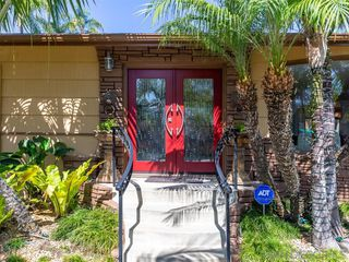 Photo 2: KENSINGTON House for sale : 3 bedrooms : 4030 Rochester Road in San Diego