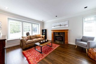 Photo 4: 4917 CHALET Place in North Vancouver: Canyon Heights NV House for sale : MLS®# R2484699