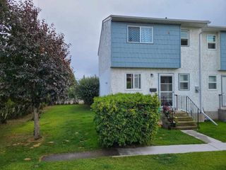 """Photo 1: 117 4020 MCLEOD Avenue in Prince George: Highglen Townhouse for sale in """"HIGHGLEN"""" (PG City West (Zone 71))  : MLS®# R2486432"""