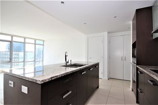"""Photo 2: 2701 1028 BARCLAY Street in Vancouver: West End VW Condo for sale in """"Patina"""" (Vancouver West)  : MLS®# R2499439"""