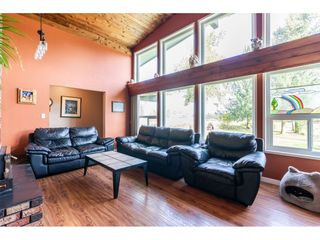 Photo 11: 26915 48 Avenue in Langley: Salmon River House for sale : MLS®# R2501939