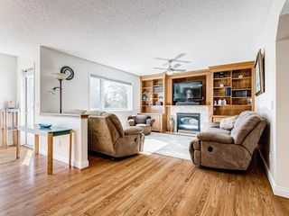 Photo 6: 48 VALLEY MEADOW Close NW in Calgary: Valley Ridge Detached for sale : MLS®# A1037386