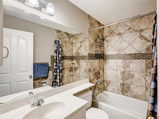 Photo 31: 48 VALLEY MEADOW Close NW in Calgary: Valley Ridge Detached for sale : MLS®# A1037386
