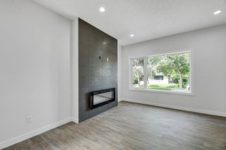 Photo 7: Unit 1 10917 68 Avenue NW in Edmonton: Zone 15 Duplex Front and Back for sale : MLS®# E4168992