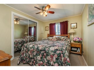 Photo 13: 15851 Norfolk Road in Surrey: King George Corridor Manufactured Home for sale (South Surrey White Rock)