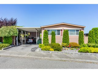 Photo 1: 15851 Norfolk Road in Surrey: King George Corridor Manufactured Home for sale (South Surrey White Rock)