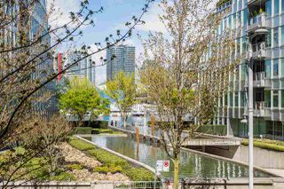 "Photo 18: 201 170 ATHLETES Way in Vancouver: False Creek Condo for sale in ""Bridge"" (Vancouver West)  : MLS®# R2401471"