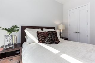 "Photo 15: 201 170 ATHLETES Way in Vancouver: False Creek Condo for sale in ""Bridge"" (Vancouver West)  : MLS®# R2401471"