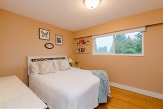Photo 11: 1073 SHAMAN Crescent in Delta: English Bluff House for sale (Tsawwassen)  : MLS®# R2405074
