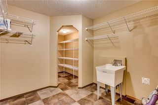 Photo 15: 80 SOMERSET Manor SW in Calgary: Somerset Detached for sale : MLS®# C4280649