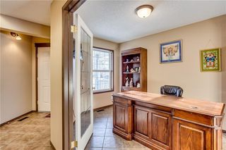 Photo 3: 80 SOMERSET Manor SW in Calgary: Somerset Detached for sale : MLS®# C4280649