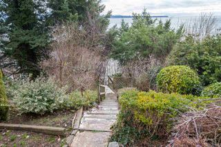 Photo 6: 14210 MARINE Drive: White Rock House for sale (South Surrey White Rock)  : MLS®# R2428075