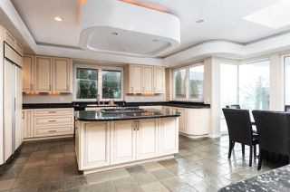 Photo 12: 14210 MARINE Drive: White Rock House for sale (South Surrey White Rock)  : MLS®# R2428075