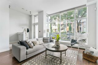 Photo 2: 1835 CROWE Street in Vancouver: False Creek Townhouse for sale (Vancouver West)  : MLS®# R2475656