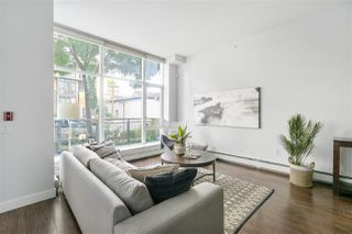 Photo 3: 1835 CROWE Street in Vancouver: False Creek Townhouse for sale (Vancouver West)  : MLS®# R2475656