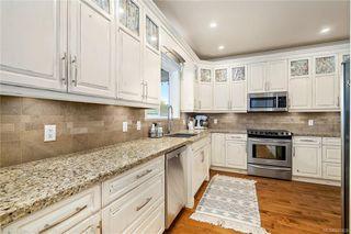 Photo 6: 745 Miller Ave in Saanich: SW Royal Oak House for sale (Saanich West)  : MLS®# 842420