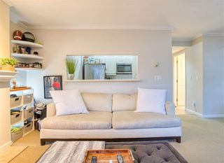 "Photo 5: 203 2825 ALDER Street in Vancouver: Fairview VW Condo for sale in ""Breton Mews"" (Vancouver West)  : MLS®# R2480515"