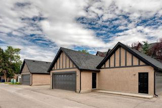 Photo 6: 16 6 SCARPE Drive SW in Calgary: Garrison Woods Row/Townhouse for sale : MLS®# A1023915