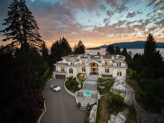 Photo 1: 5358 KENSINGTON Crescent in West Vancouver: Caulfeild House for sale : MLS®# R2488354